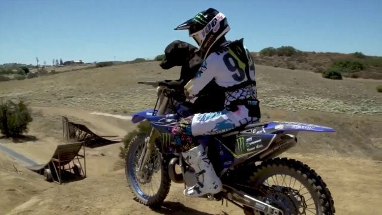 Extreme Dog Sport Motocross - Dog on Bike Freestyle MX